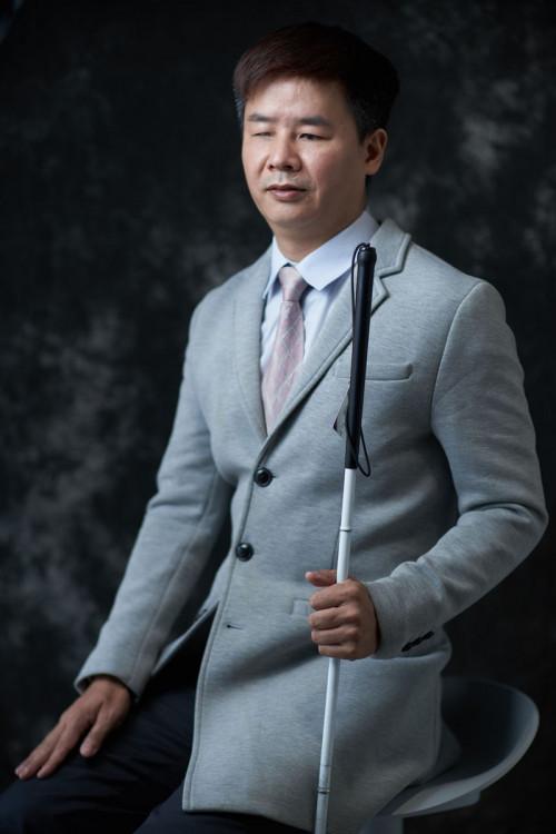 Mr. Julian Zhu